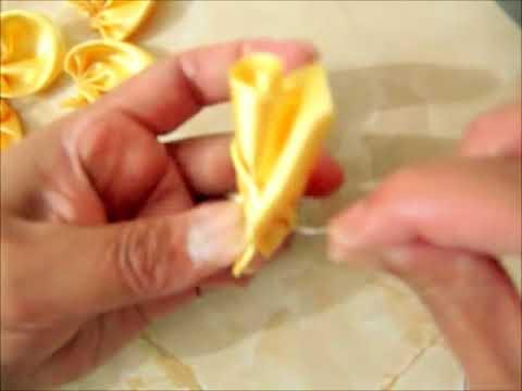 Moños de rosas hermosas para el cabello