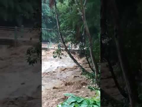 Sadis!!!banjir Bandang Di Bandung