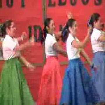 Fin de Año Escolar Julio 2007: Baile de las Maestras