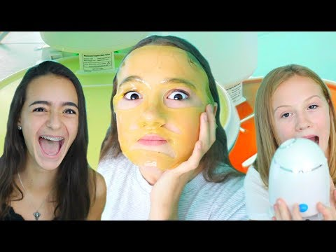 Teens Try 3D Printing Custom Face Mask Maker (For Teen Skin Types) FionaFrills