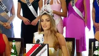Demi-Leigh Nel-Peters Nagpasalamat Kay Pia Wurtzbach Sa Pagkapanalo Nya sa Miss Universe 2017