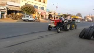 Swaraj 855 vs john deere 42 hp