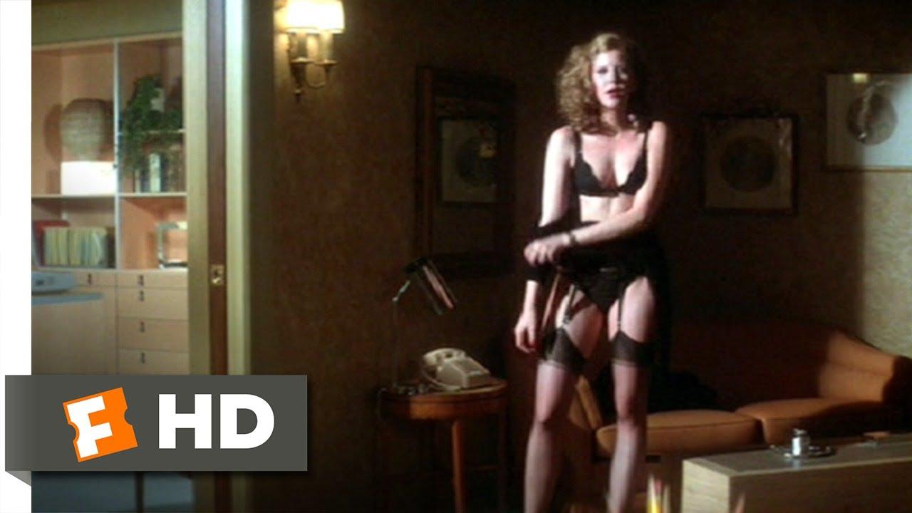 Gloria guida seducing scene from la studentessa movie - 3 part 6