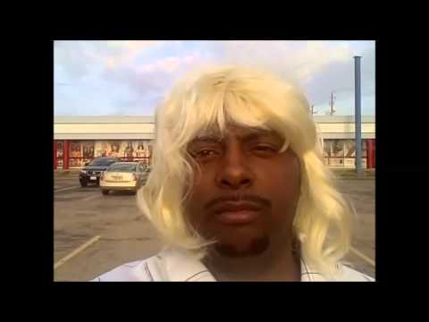 Black Women And Blonde Wigs/