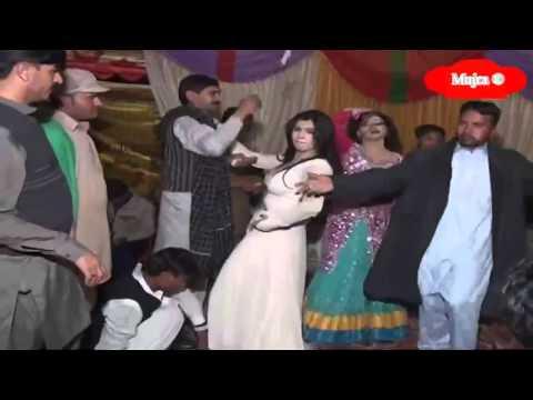 Hot Desi Wedding Mujra Part 2 video