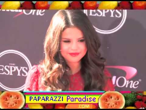 SELENA GOMEZ appears at ESPY Awards red carpet thumbnail