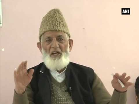 People will continue to wave Pakistani flags in Kashmir: SAS Geelani