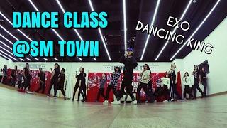 UKK goes Seoul - Travel Vlog / SMTown Tour, Kpop Dancing Class, SM Coffee Shop