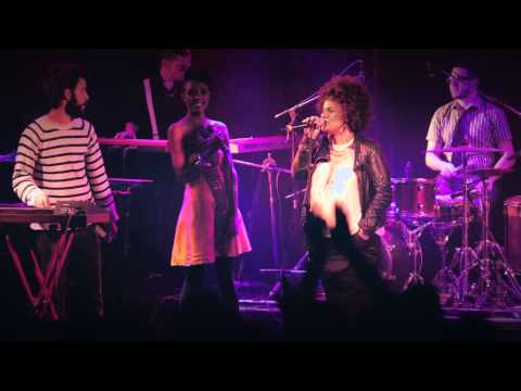 Ester Rada feat. Kutiman & Karolina - Just a Lady (Live)