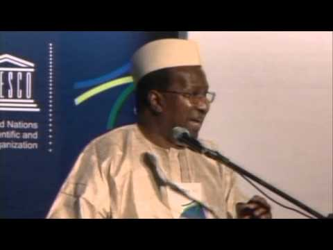 Professor Alpha Oumar Konaré, former President of the Republic of Mali at CONFINTEA VI (1 of 3)