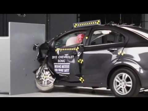 Chevrolet Sonic (Aveo) краш-тест