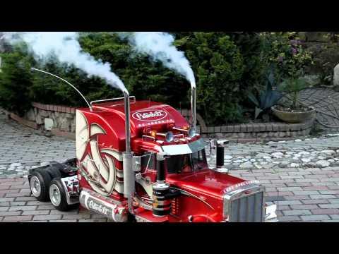 TruckModel Peterbilt 359 RC 1:4 prova luci e fumo.mp4