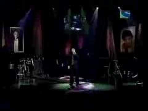 Sonu Nigam Live - Kiska Hai Yeh Tumko