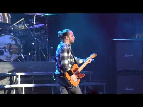 "Shinedown ""I'll Follow You"" live at Carolina Rebellion 2016"