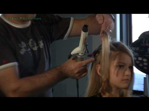 Curling Hair Curling Iron Tips from the Beauty Salon - how to make fun curls in your hair