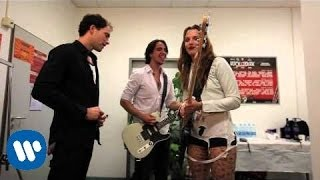 Watch Halestorm Freak Like Me video