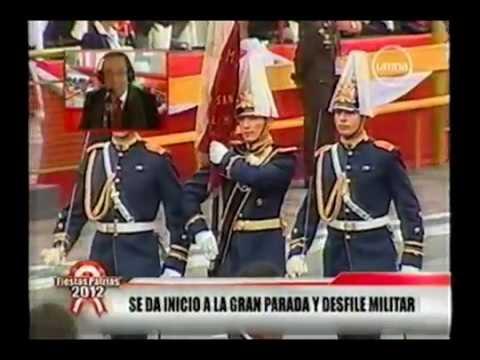 Peruanos Humillan Desfile de Delegacion Chilena en Parada Militar Peruana 2012
