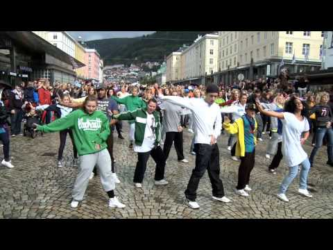 Michael Jackson flash-mob in Bergen.
