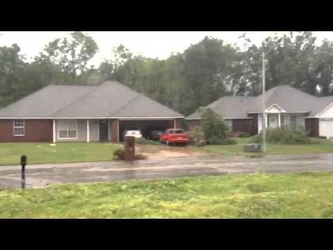 Tornado damage, Tupelo