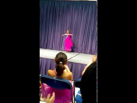 "Priya's dance to ""Kashmir Mein"" at Peninsula Montessori talent show"