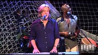"""Hall and Oates - """"You Make My Dreams"""" - Live at the Troubadour 2008"""