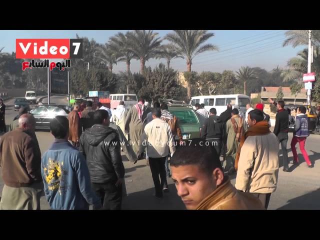 بالفيديو.. انقلاب ميكروباص بترعة المريوطية ووفاة 3 ركاب
