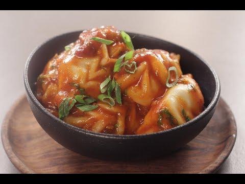 Chilli Garlic Momos | Sanjeev Kapoor Khazana