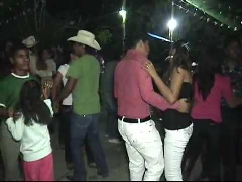 Grupo Super Amor de Charly  desde Cruztitla, Hgo.boda de daniel  23 de Febrero del 2013.