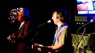 Watch Robert Earl Keen Play A Train Song video