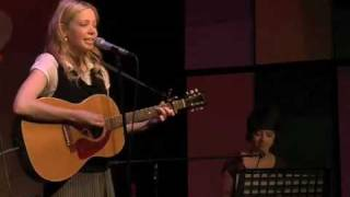 "Garfunkel and Oates sing ""Self Esteem"" live!"