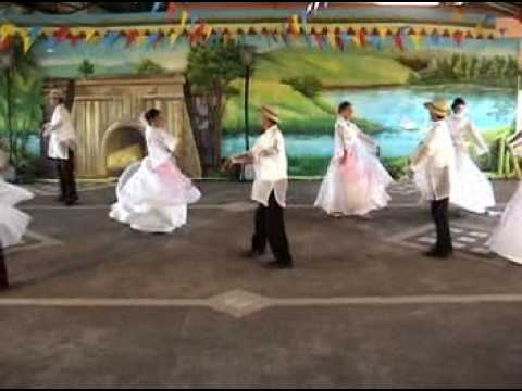 Philippine Folk Dance:  Alcamfor video