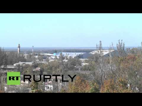 Ukraine: Watch battle rage for Donetsk airport