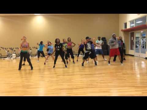 Lil Mama Lip Gloss (zumba   Hip Hop) video