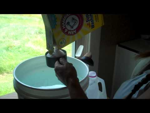 5 on the Farm Homemade Laundry Detergent