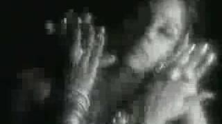 download lagu Beautiful Song By Sunita Raopari Hoon Main gratis