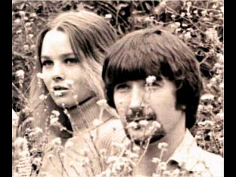 Mamas & The Papas - I Saw Her Again Last Night