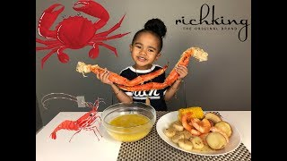 SEAFOOD BOIL MUKBANG - King Crab Legs, Shrimp, Scallops