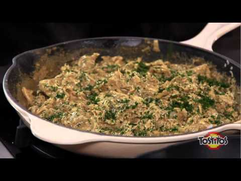Tostitos - Cómo preparar tostadas de pollo al pipian