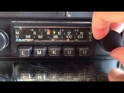 Chromelondon.com BLAUPUNKT FRANKFURT MONOCHROME CLASSIC CAR RADIO WITH MP3 UPGRADE AND WARRANTY