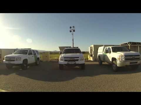Here comes Mr. Camera Guy - U.S. Border Patrol Checkpoint allows Native American into Tucson, AZ