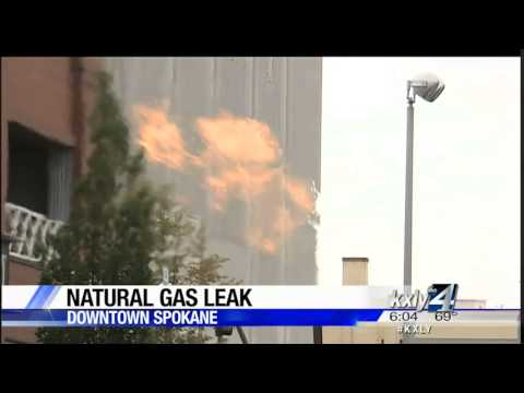 Downtown gas leak prompts road closures, building evacuations