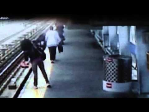Raw: Child, Stroller Falls Onto Pa. Train Tracks