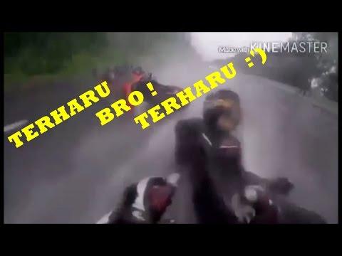 LELAKI BERTANGGUNG JAWAB YANG MENYELAMATKAN PACARNYA DARI KECELAKAAN MOTOR 2015 ( SALUT TERHARU ) #1