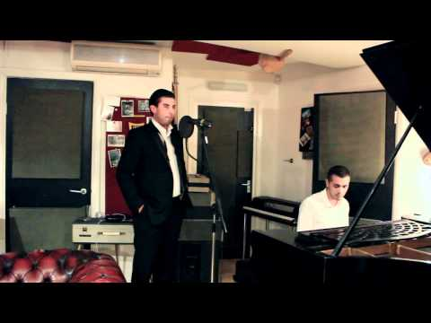 James Argent Singing 'Dean Martin - Everybody Loves Somebody Sometimes' [Japha On Piano] Live Lounge