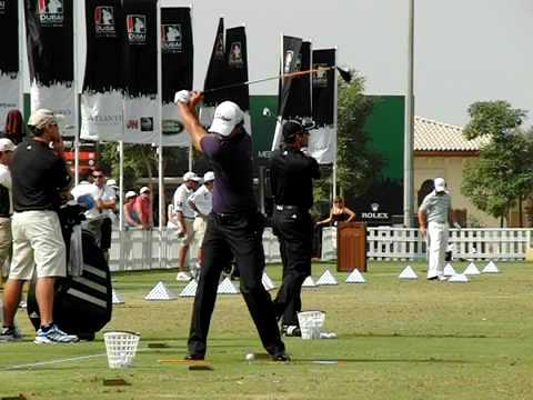 RACE TO DUBAI GOLF ADAM SCOTT DE FACE EN SLOW MO