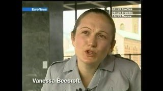 2005,  Vanessa Beecroft expose à Berlin