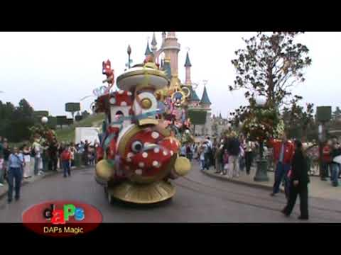 Minnie's Party Train - Disneyland Paris Resort - September 2009