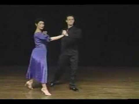 Quick Beginners Foxtrot Lesson