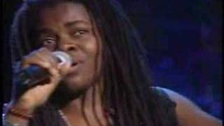 Bob Marley-All Star Tribute-Tracy Chapman:Three Little Birds