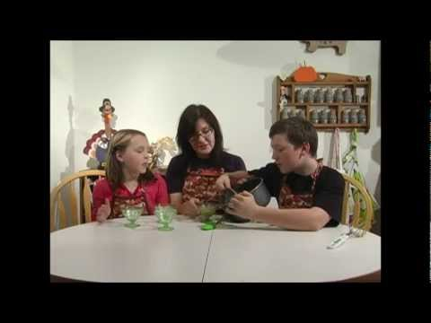 2 Kids Cooking TV: Pumpkin Pie Pudding